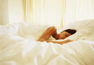 Benefici del sonno: il dormire bene come alleato di salute e bellezza