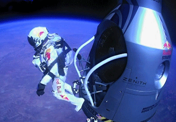 Felix Baumgartner: Red Bull Stratos mission success