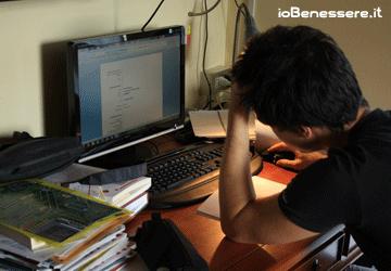 Stress: cos'è, cosa lo causa e le sintomatologie collegate allo stress