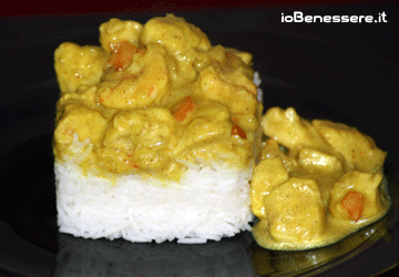 Pollo e gamberi al curry