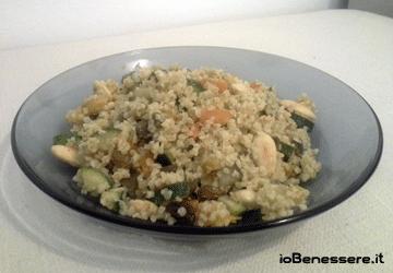 Boulgour con verdure, uvetta e mandorle