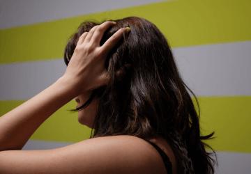 Mal di testa da cervicale: sintomi, cura e rimedi per la cefalea