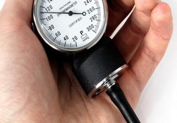 Pressione bassa: sintomi, rimedi, dieta e cura per l'ipotensione